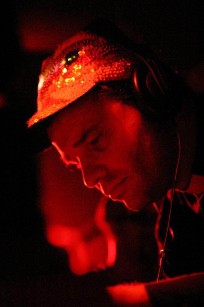 DJ Bass Reprodukktor Xiądz Maken I  (Joint Venture Sound System)