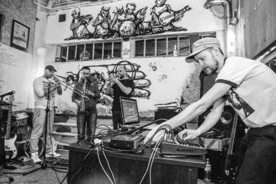 radikal-guru-live-1